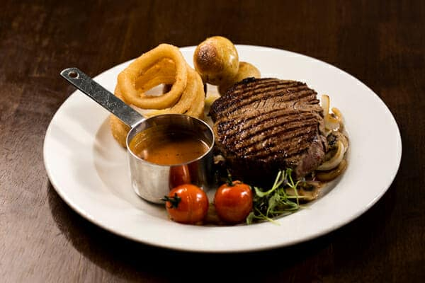 Friday-night-is-steak-night-at-the-Gateway-HOtel-Swinford